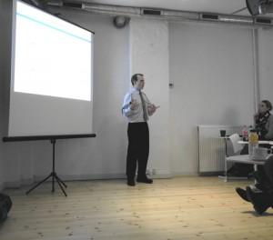 Jørgen Werenberg på et af sine kurser, hvor han ruster danske forretningsfolk til Rusland. Kilde: http://humanadvisor.dk