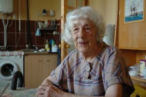 87-årige Ksenija Vladimirovna Vesjtjnova har set meget i løbet af sit lange liv. Og har en mening om det hele. Foto: Jesper Gormsen