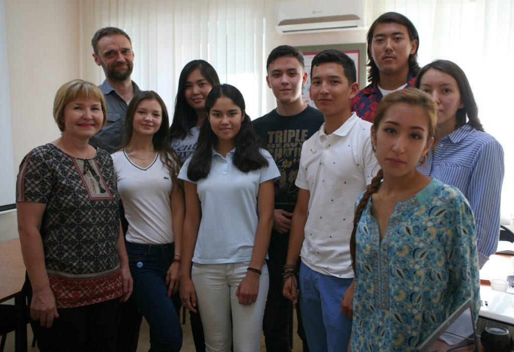 Et af tyskholdene på Sprachlernzentrum i Astana. Flere af kursisterne er etniske tyskere. Foto: Anders Skærlund Petersen.