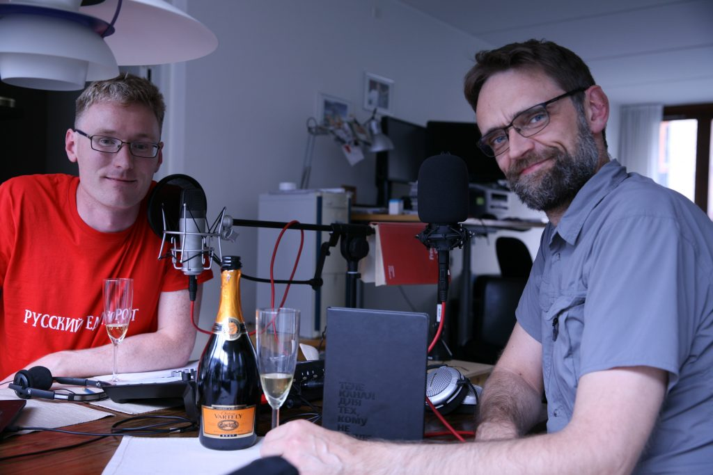 Anders og Jesper i studiet after optagelsen af afsnit LXXX: La Grande Finale. Foto: Anders Skærlund Petersen.